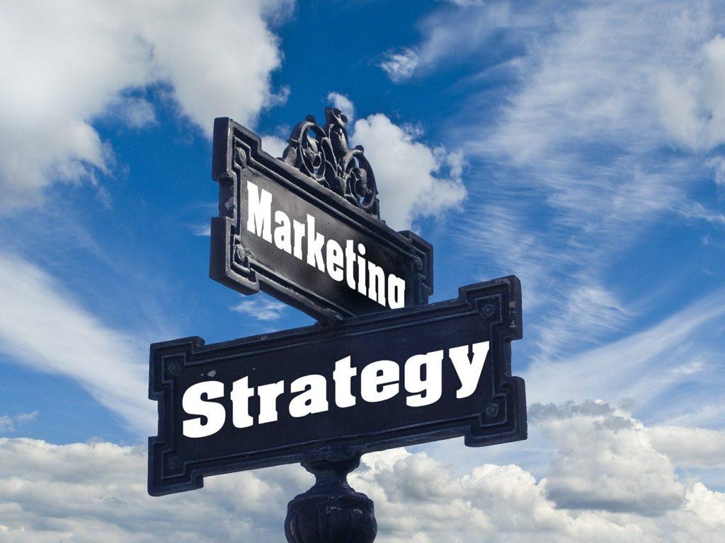 استراتيجية التسويق الإلكتروني لنجاح مشروع يدوي