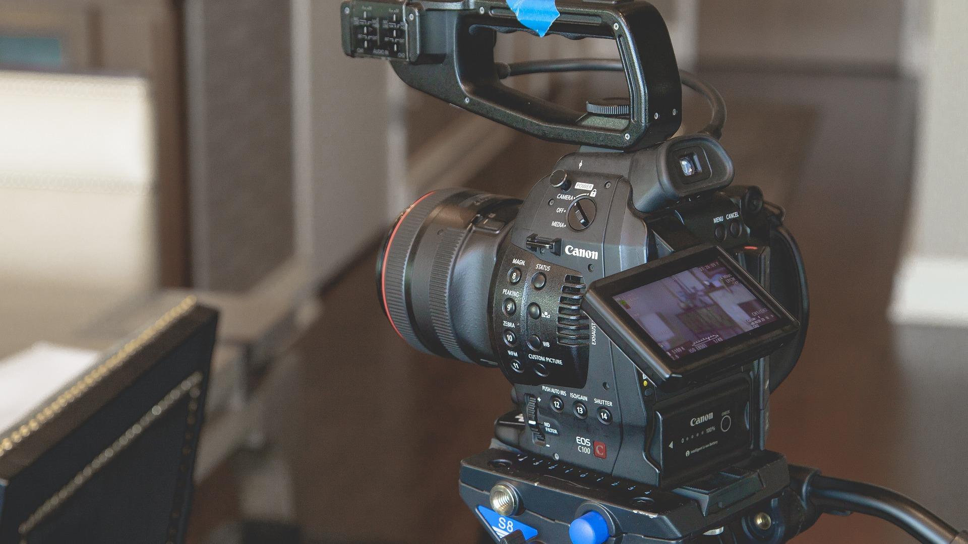 أهمية استخدام الفيديوهات لزيادة مبيعات متجرك