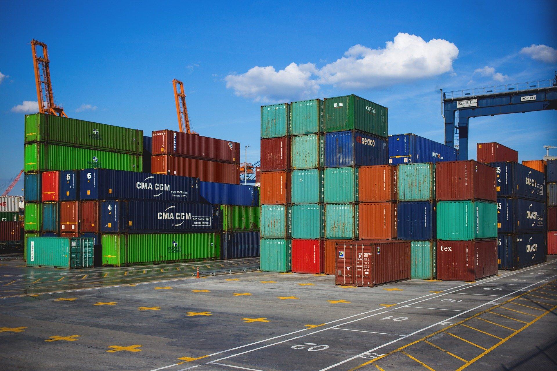 شروط اختيار شركات الشحن