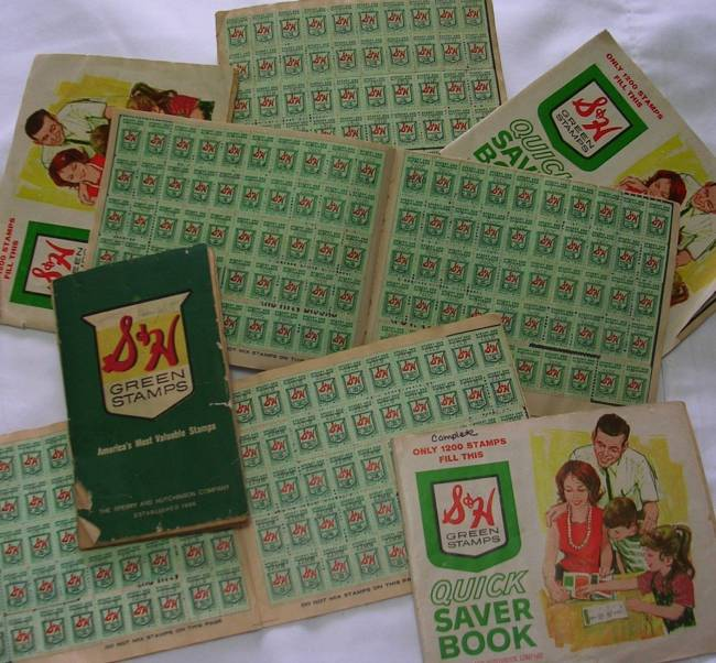 Traditional customer loyalty programs: S&H Green Stamps